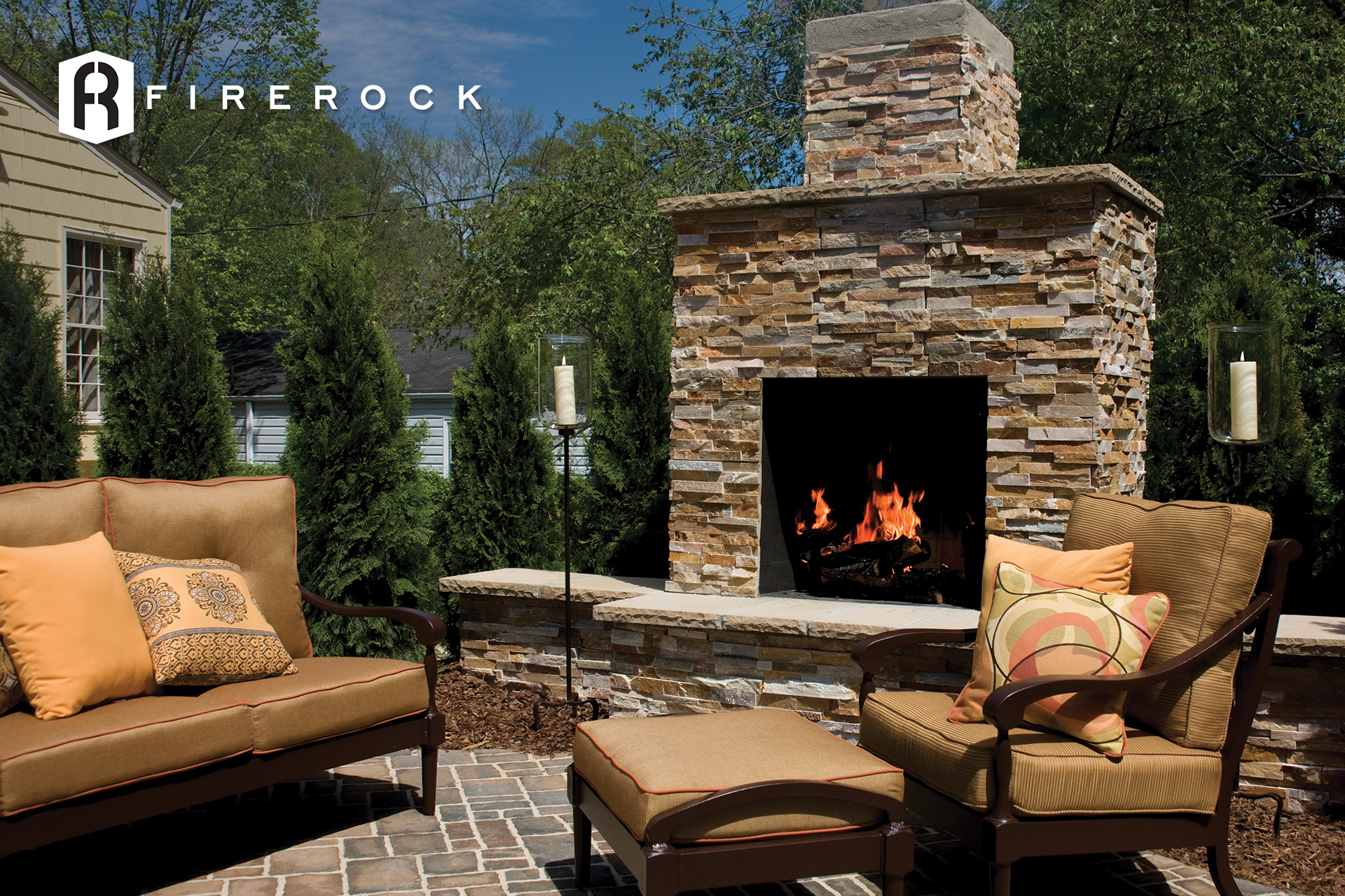 Outdoor Fireplaces | brick.com on Brick Outdoor Fireplace Ideas id=67874